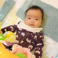 給寶貝最好的有機棉 ZippyJamz寶寶拉鍊連身服 & miYim寶寶玩具
