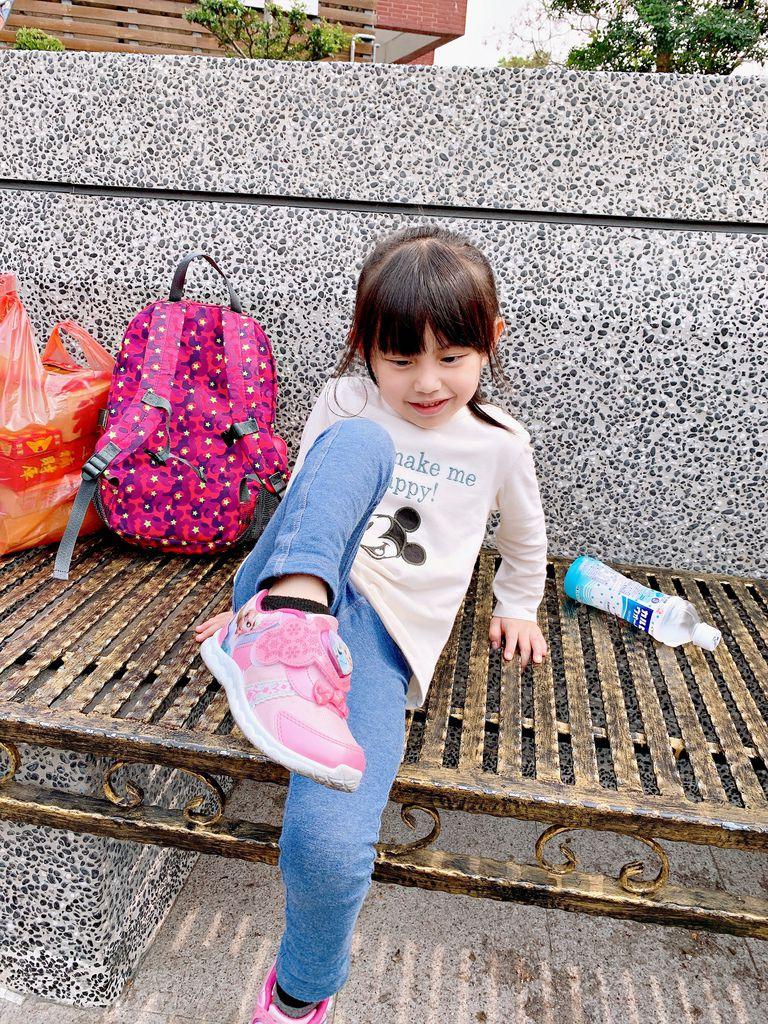 HUGGER 幼童登山背包IMG_0301-036.jpg